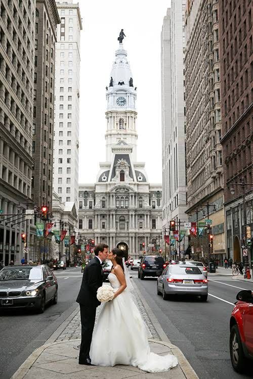 An Elegant Ivory Wedding At Philadelphia S Please Touch Museum Wedding Gifts For Bride Groom Wedding Philadelphia Wedding