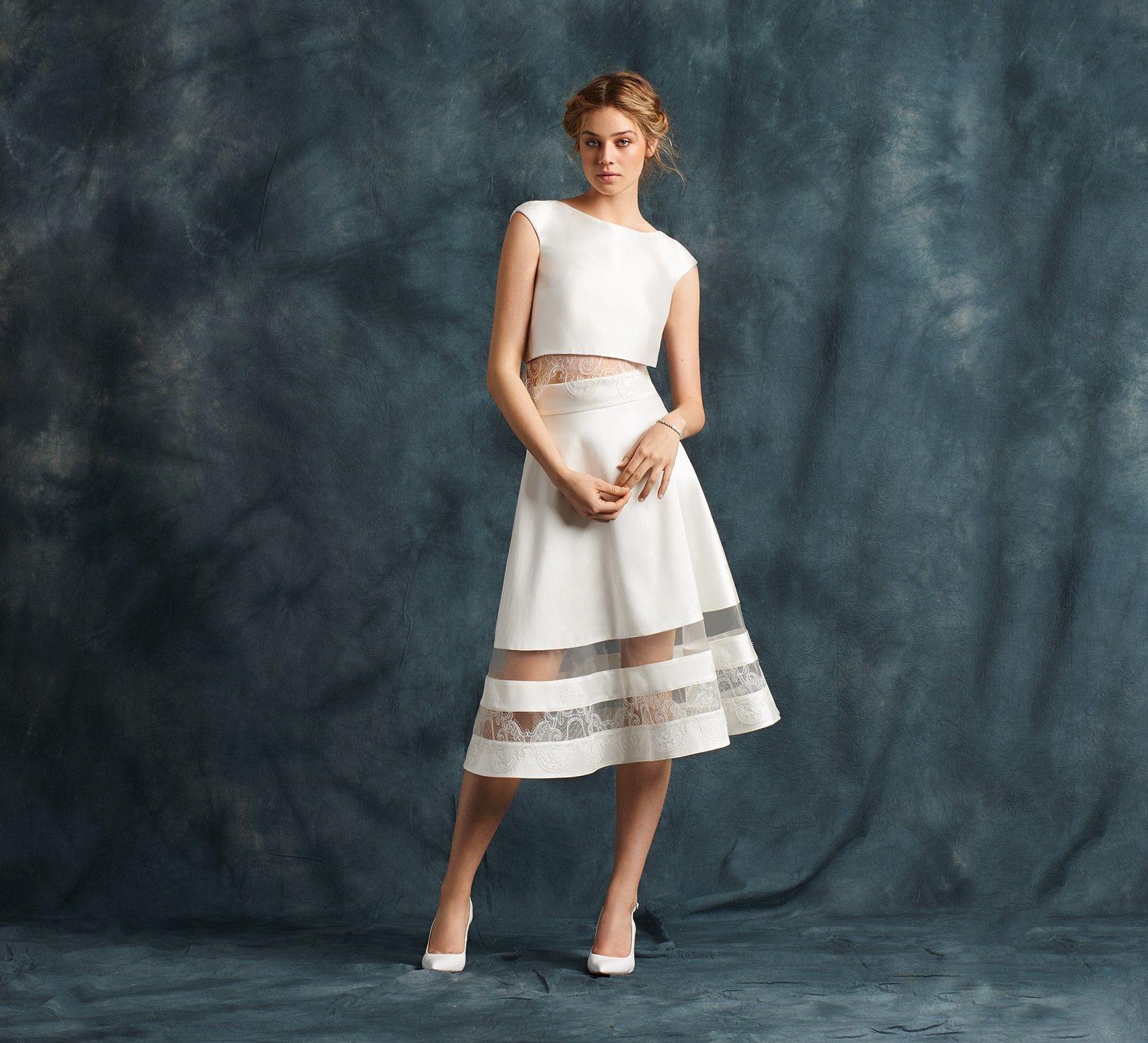 See through corset wedding dresses  Abito da sposa Alma  matrimoni  Pinterest  Wedding
