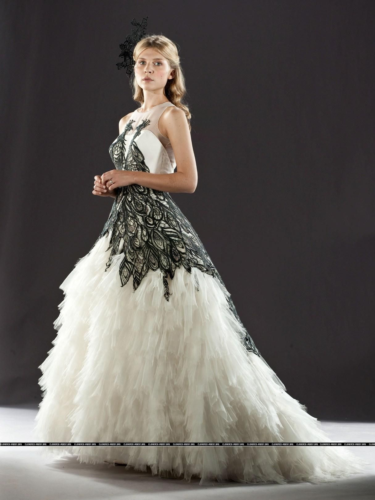 Fleur delacour wedding dress alexander mcqueen  HP Promotional Photos  Rubrika  snapeovaalways hot news from