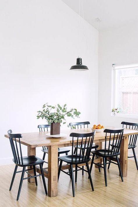 Bight Dining Room Farmhouse Table With Black Farmhouse Chairs