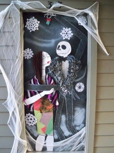 Homemade Halloween Door Decorations 375x500 Homemade