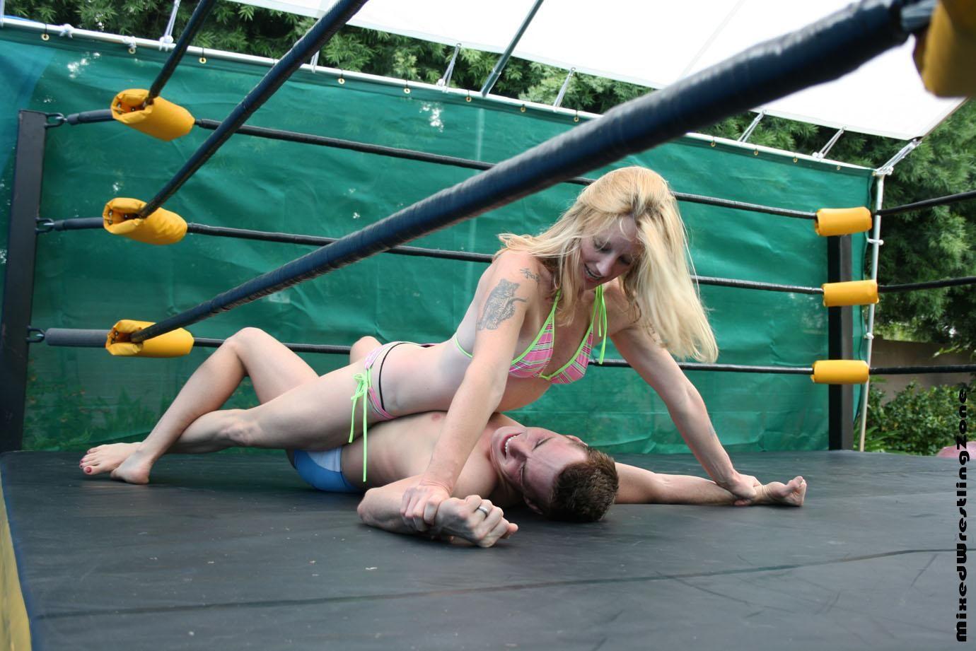 mixed wrestling deutschland gebrauchte damenwäsche