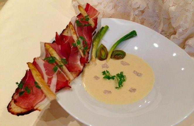 Le velout d 39 asperges d 39 alsace par roger bouhassoun chef de la cheneaudi re esprit cuisine - Alsace cuisine traditionnelle ...