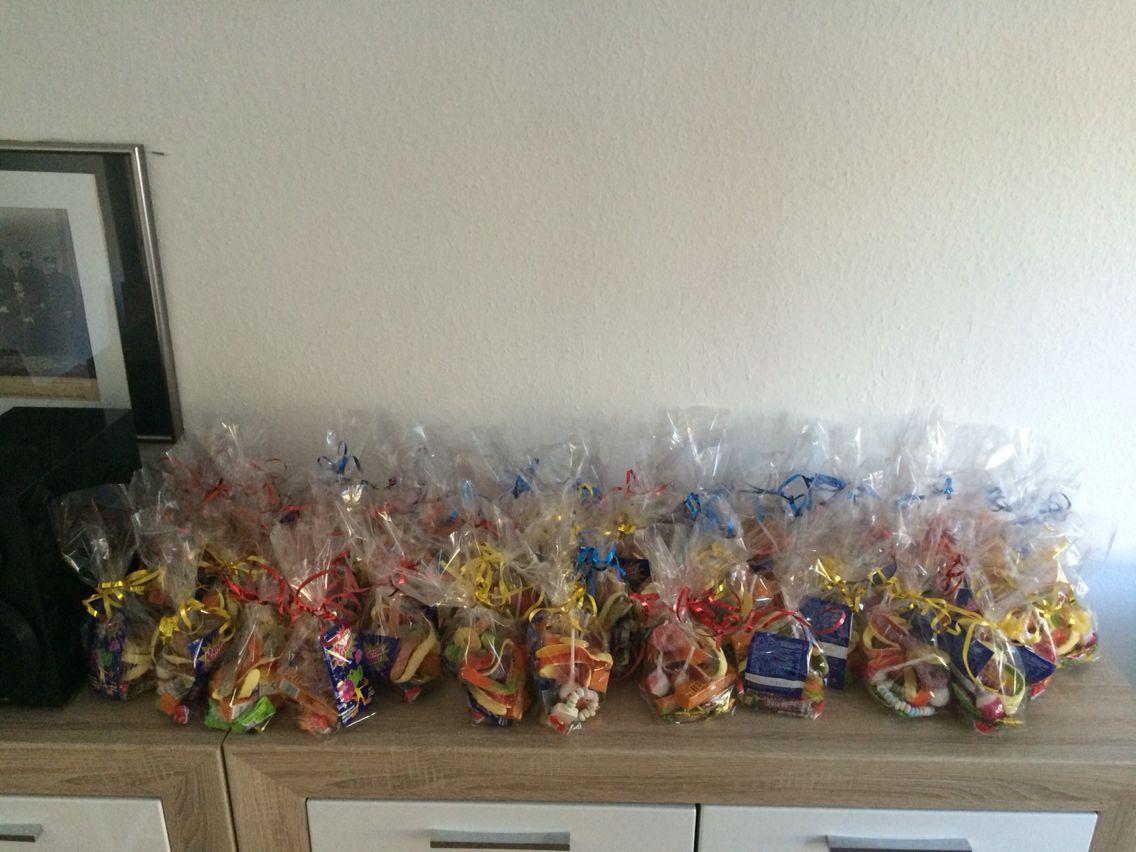 Alle Süßigkeiten stehen bereit.