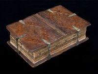 Hallan un libro del XVI que se puede abrir de seis formas distintas