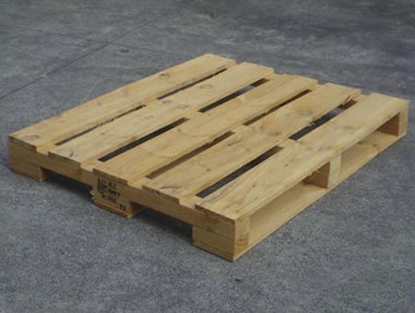 25 Tarimas de madera monterrey