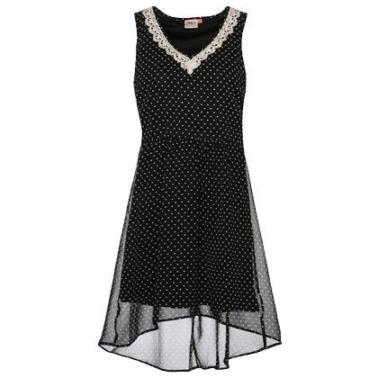 Süßes Kleid in Schwarz von Only. Die Spitze sorgt