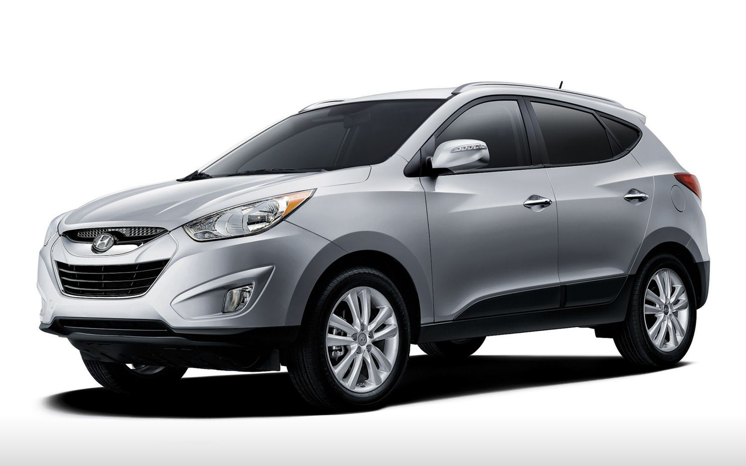 2015 hyundai ix35 review and price are you looking for a large family sedan