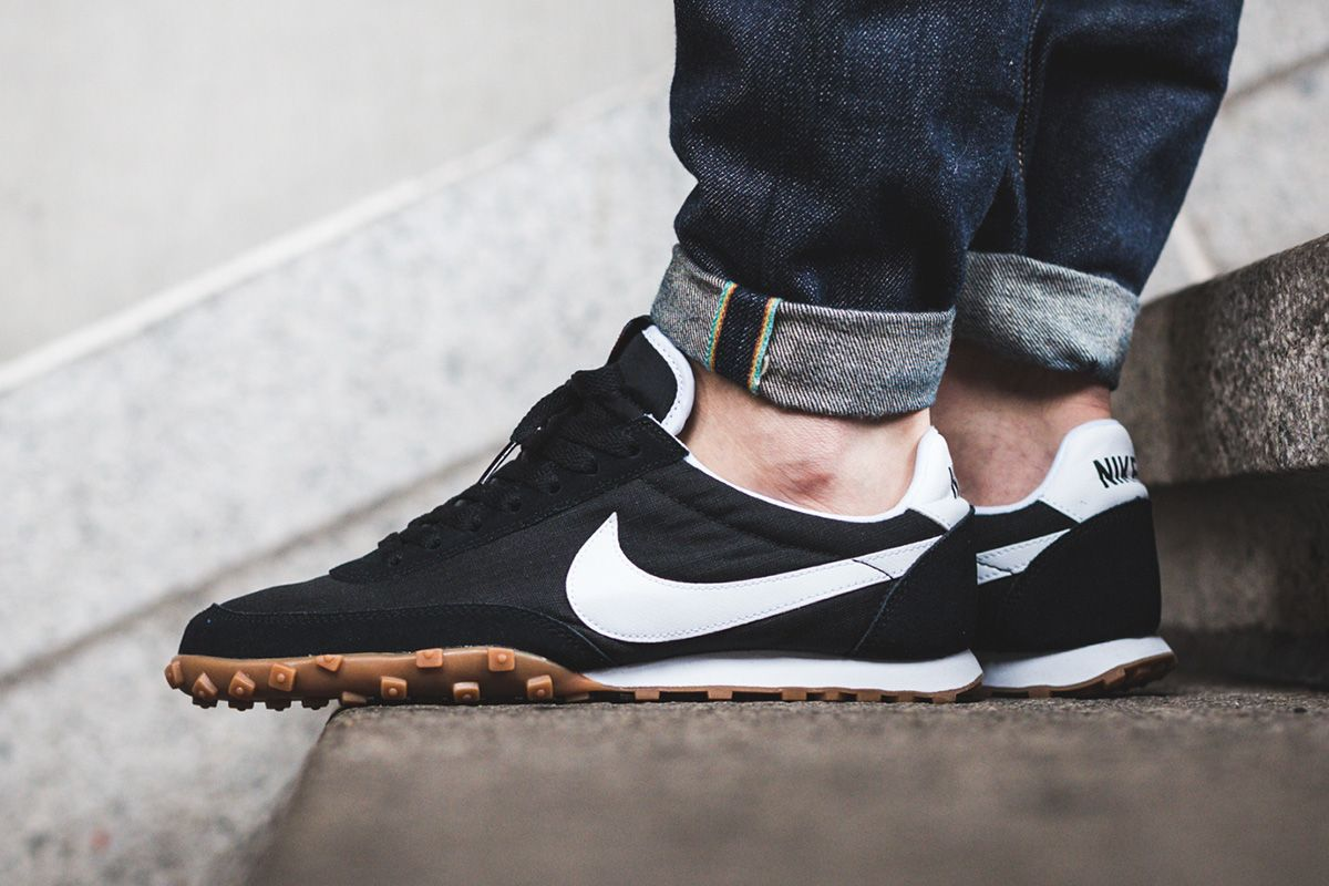 Release Date and Where to buy Nike Waffle Racer 17
