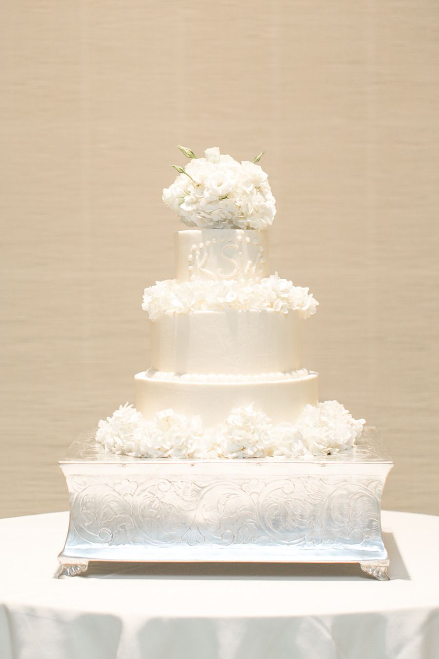 Johnus island club wedding vero beach wedding cake and cake