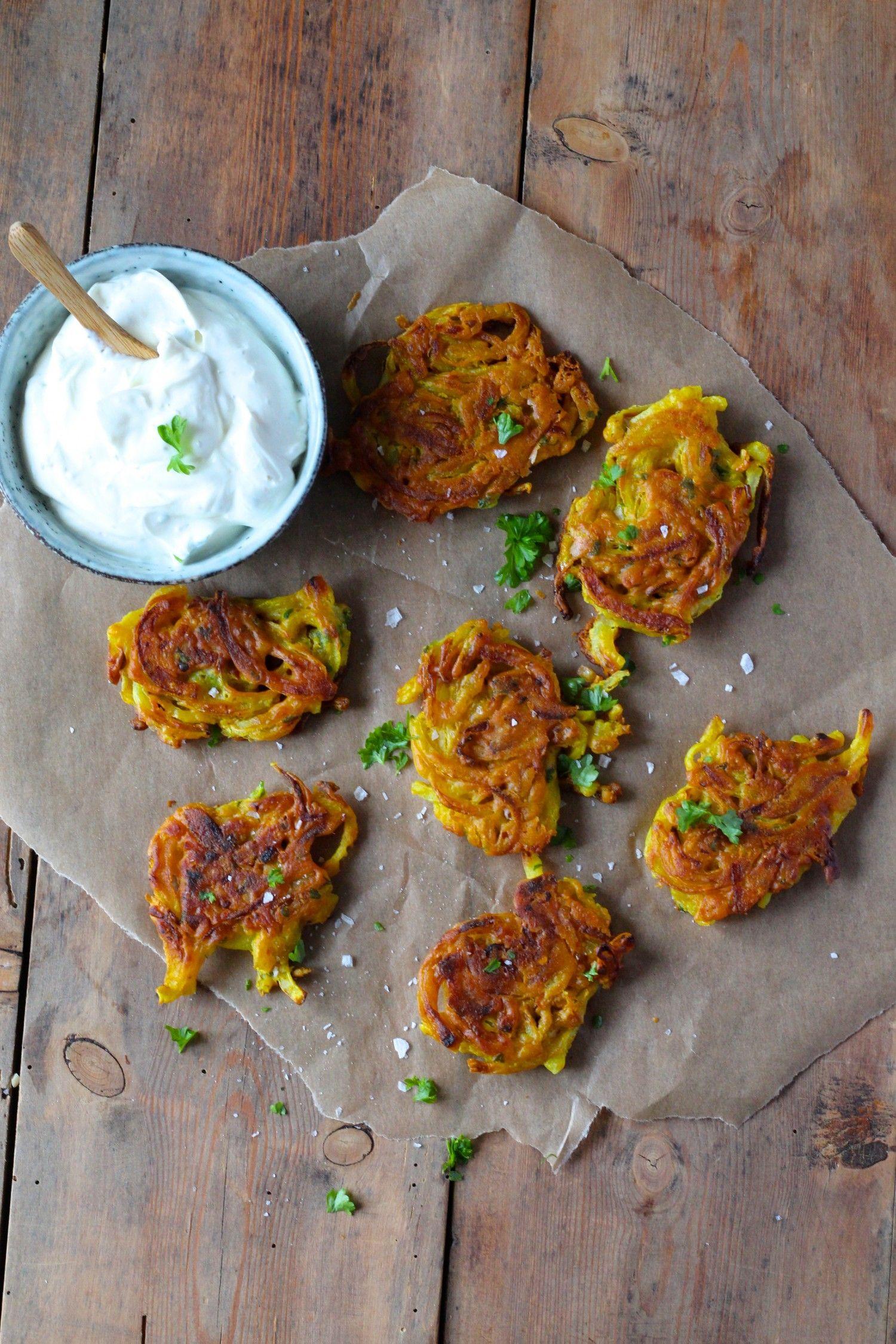 Onion Bhajis Sprod Indisk Snack Vegansk Nem Og Hurtig Snack Opskrift Indiske Snacks Hurtige Snacks Indisk Mad