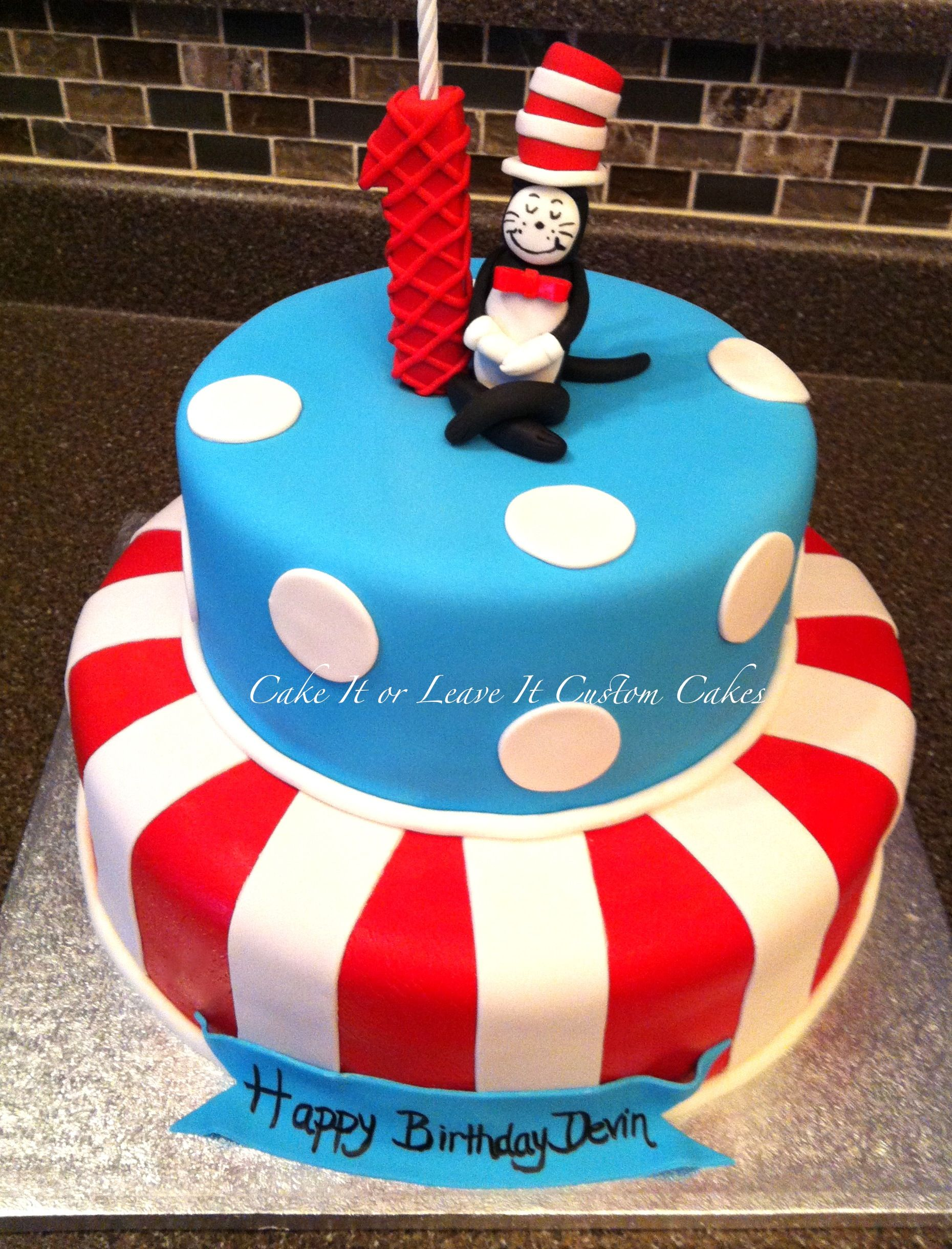 Cat In The Hat Cake With Images Dr Seuss Birthday Party Dr