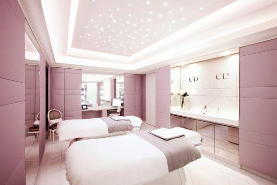 Dior institut plaza ath n e paris spa institut de for Salon esthetique homme paris