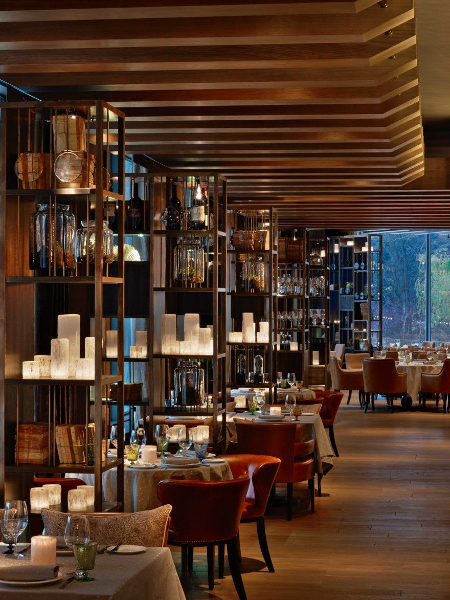 Elegant italian restaurant il lago dei cigni designed by