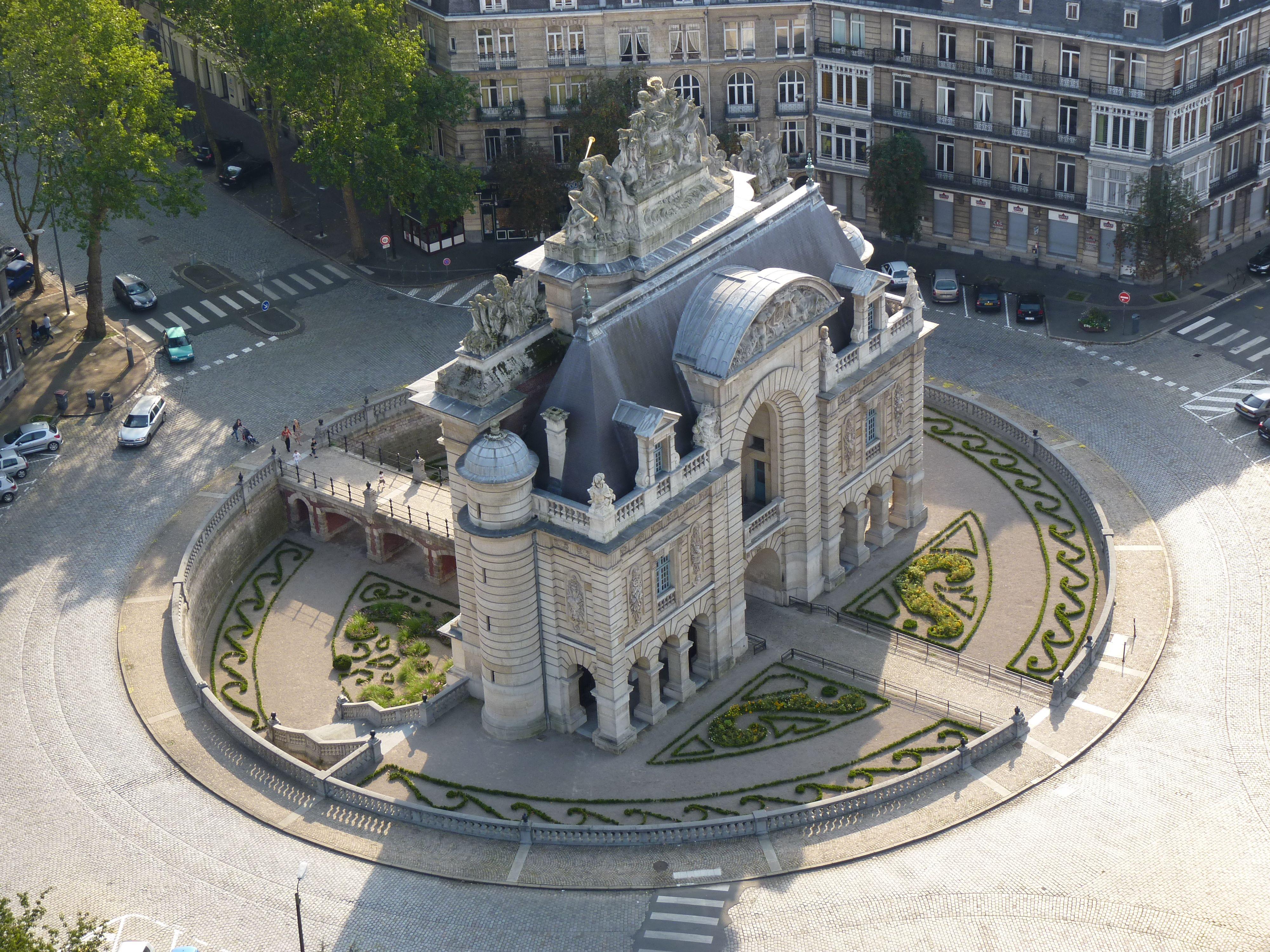 Lille Vue Sur La Porte De Paris Depuis Le Beffroi De La Mairie De Lille 2011