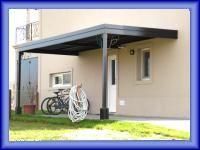 Garages con techos de chapa cerramientos con policarbonato.