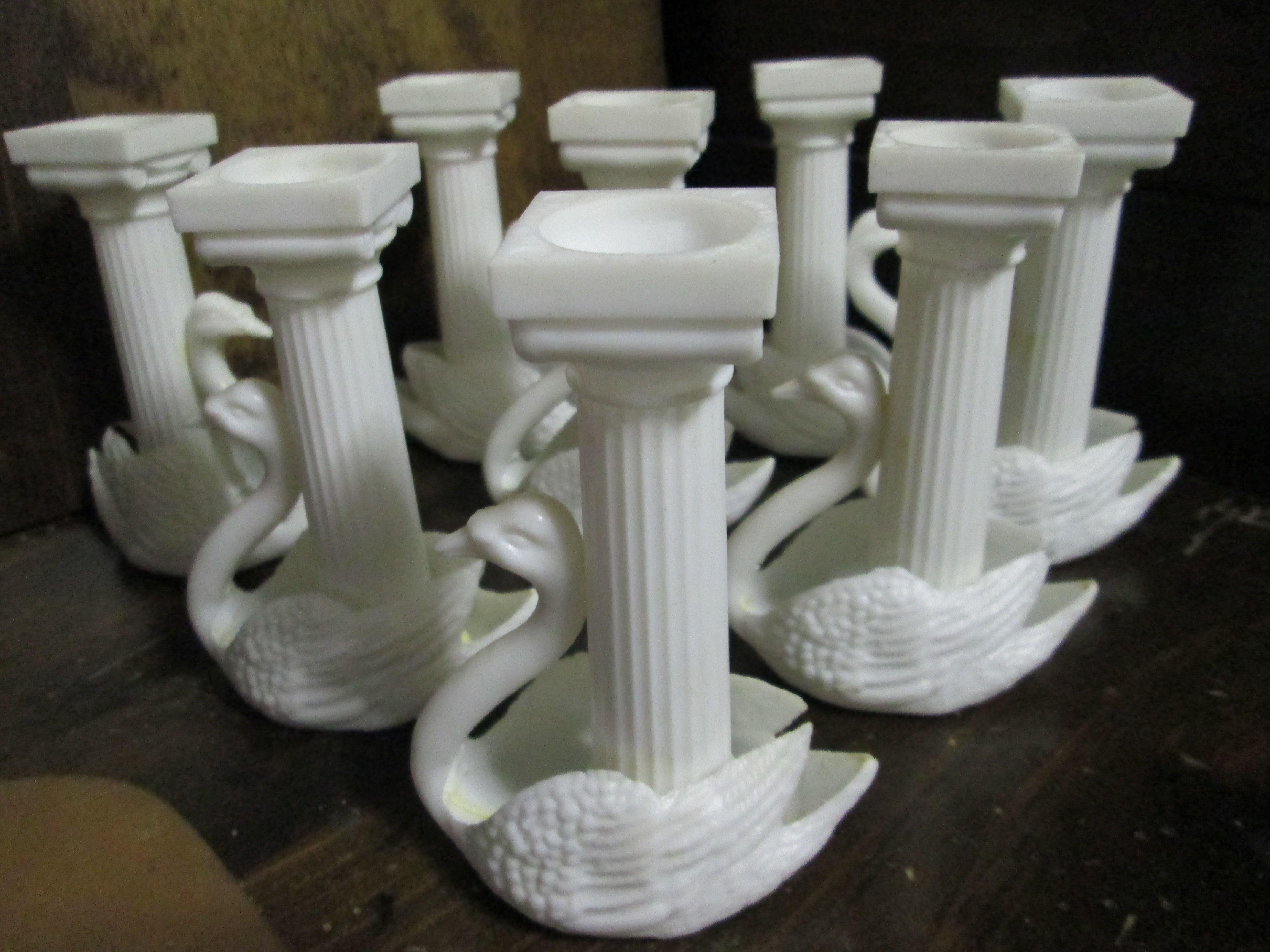 Wilton Vintage Swan Cake Pillars Columns White Plastic Swans From The 1970s Cake Pillars Wilton Vintage