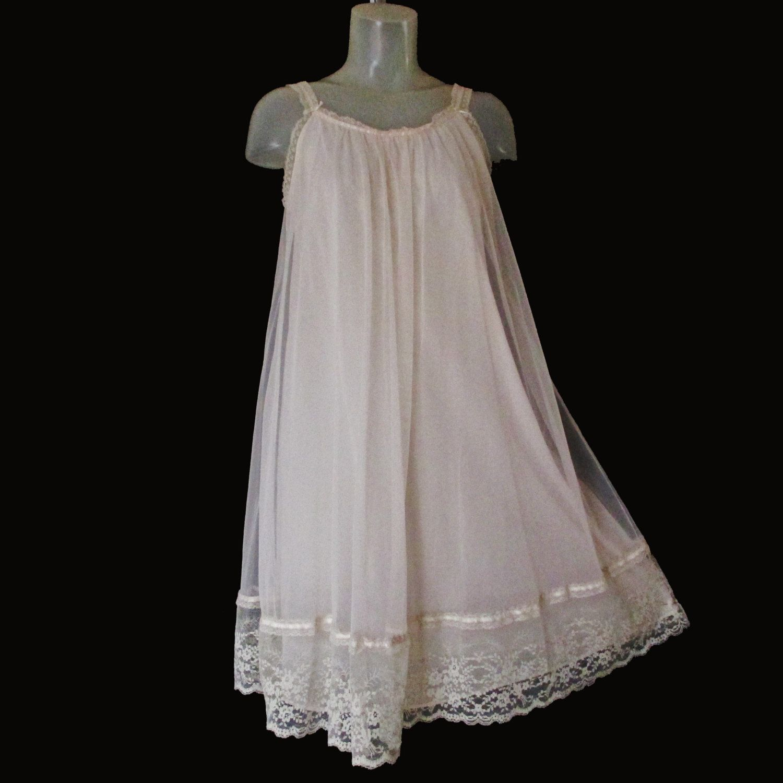 b82840c7f Vintage Van Raalte Baby Doll Nightgown - 60s - Soft Pink - Chiffon Overlay  - Valentines Gift by LunaJunctionVintage on Etsy