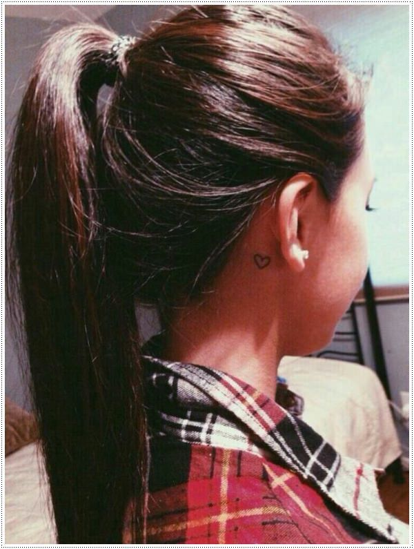 Tatouage Coeur Simple Oreille Femme Tattoos Tattoos Tattoo