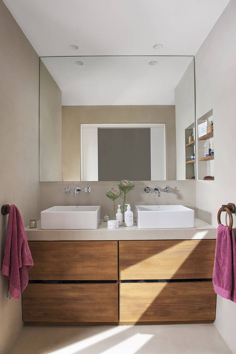 De Badezimmer In Holztonen Eng Simple And Clean Bathroom Home Wohnideen Homedecor Helle Badezimmer Wohnung Badezimmer