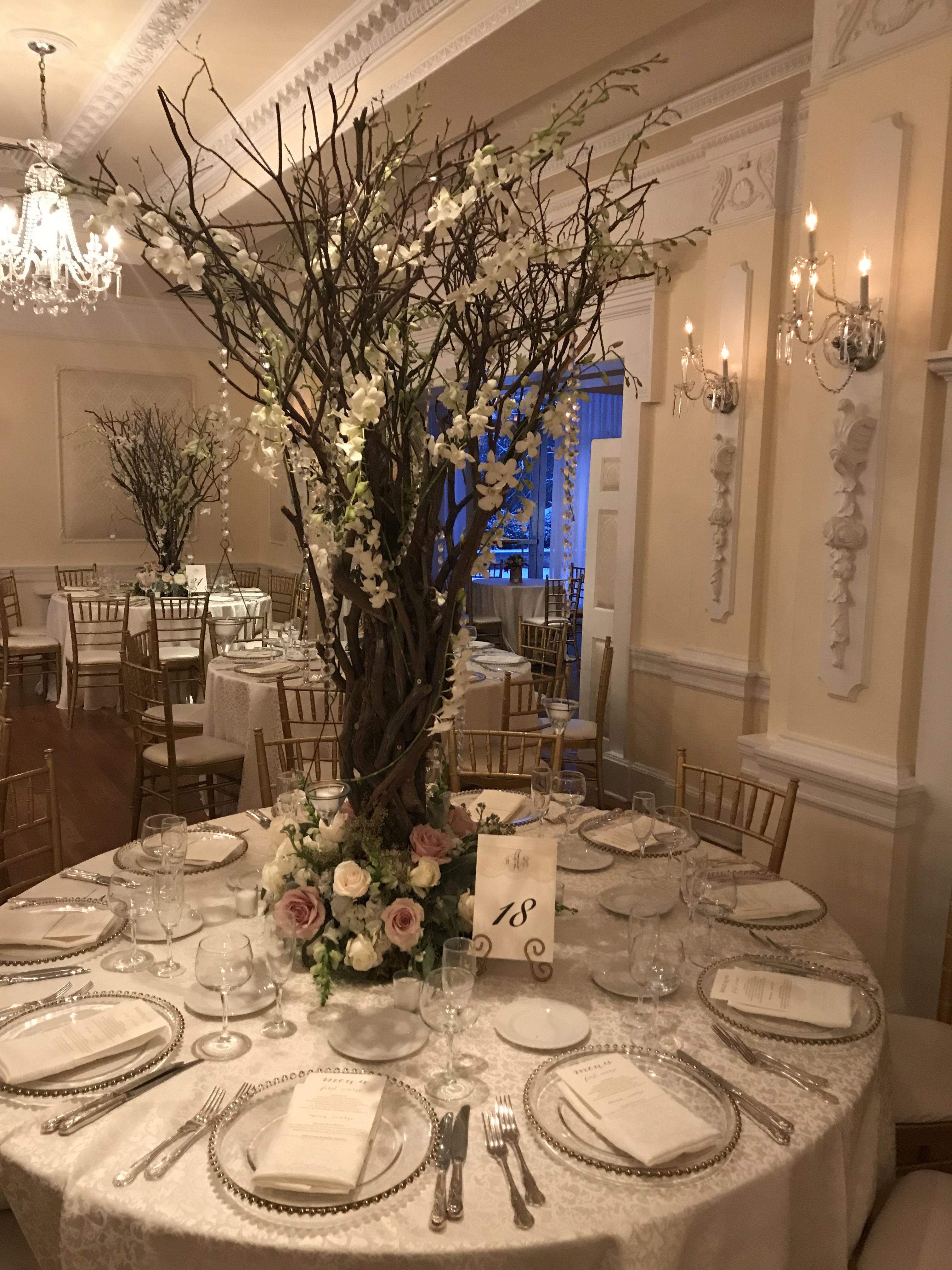 Long Island Ny The Carltun Wedding Floral Decor In 2020 Long Island Wedding Island Wedding Invitation New York Bride