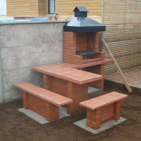 Remodelaciones de casas dise o construccion y for Asadores para jardin de ladrillo