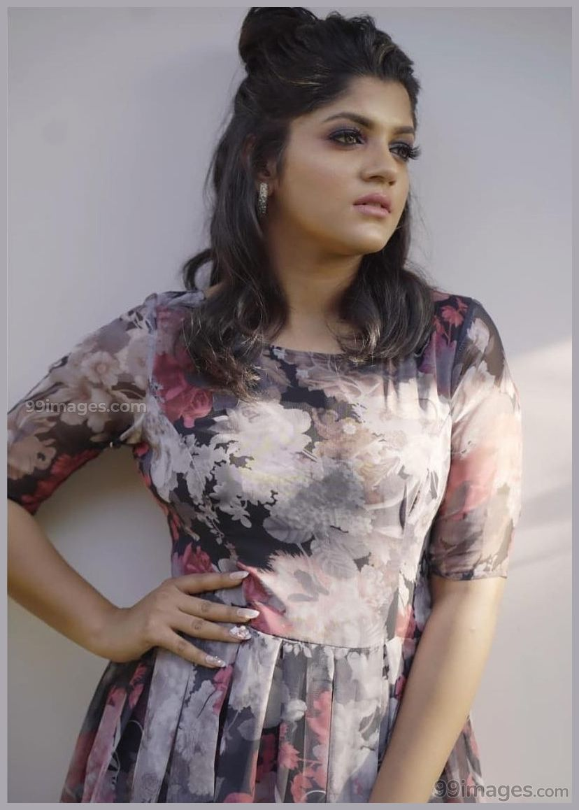 Pin On Aparna Balamurali Latest Hd Photos Wallpapers 1080p