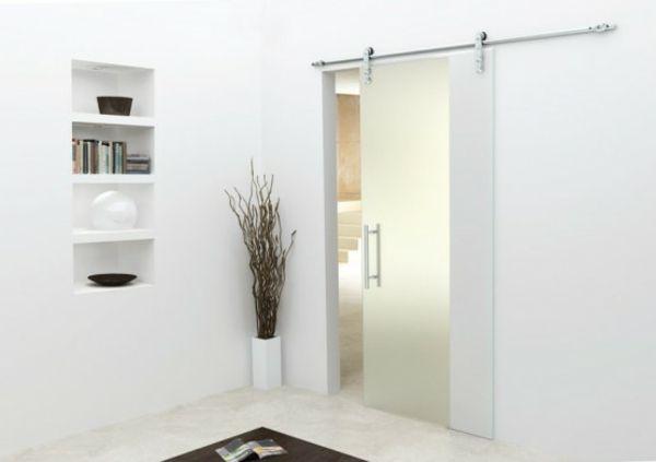 la porte coulissante pour la salle de bain chambre avec. Black Bedroom Furniture Sets. Home Design Ideas