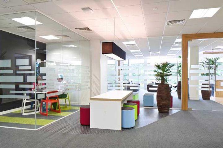 Jive Software Working Place In Berkshire By Office Principles Corporate DesignRetail DesignStore DesignDesign BlogsSoftwareMaker SpaceVisual Merchandising