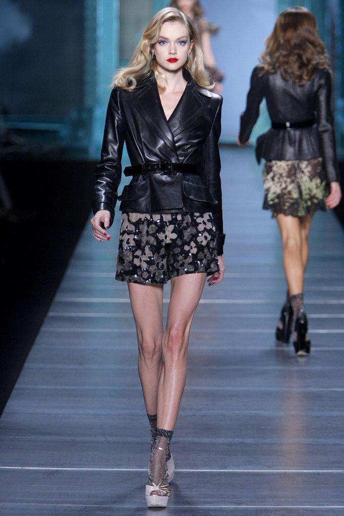 Christian Dior Spring 2010 Ready-to-Wear Fashion Show - Lindsay Ellingson