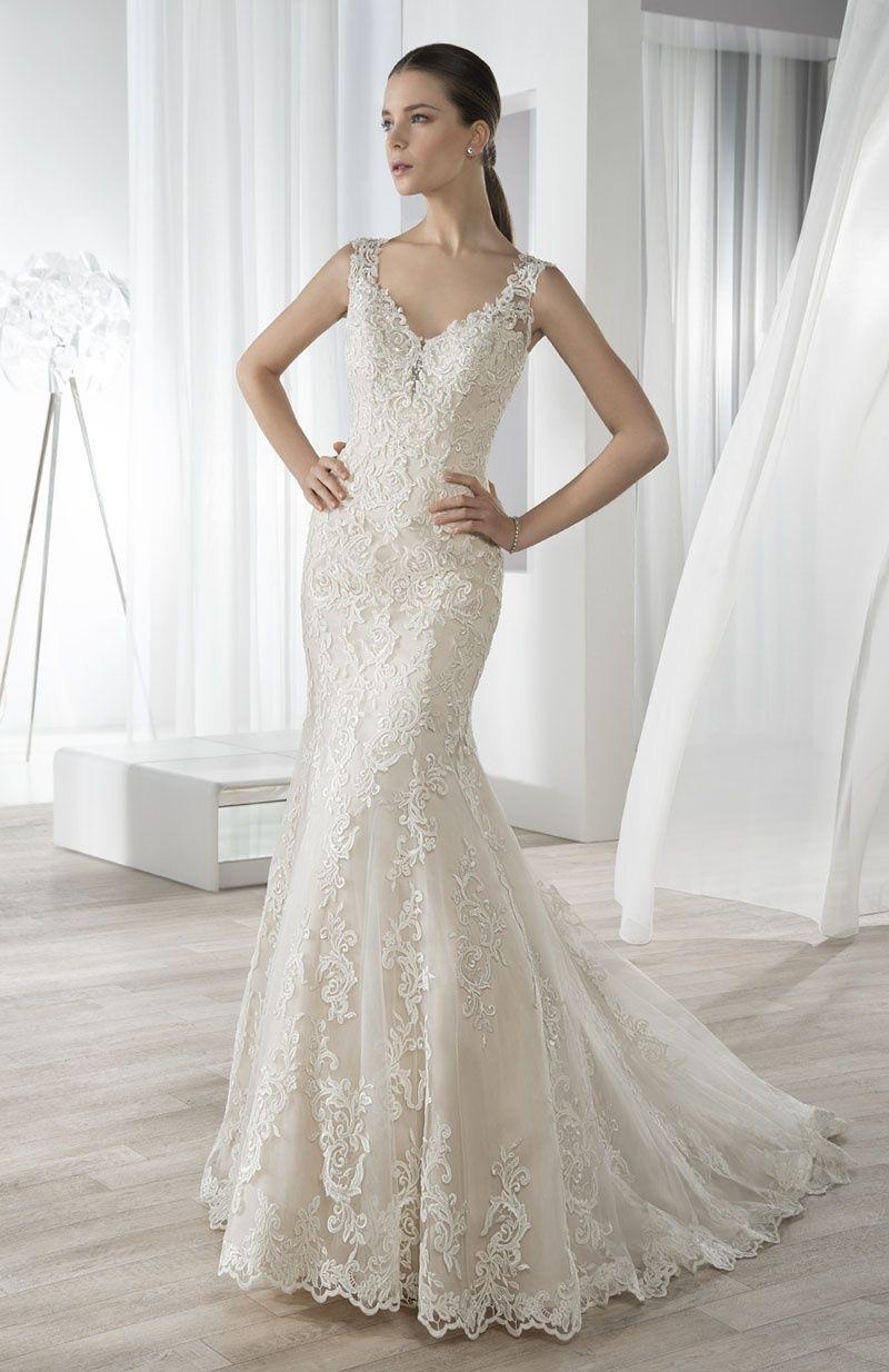 Robe de mariée demetrios modèle bridal pinterest