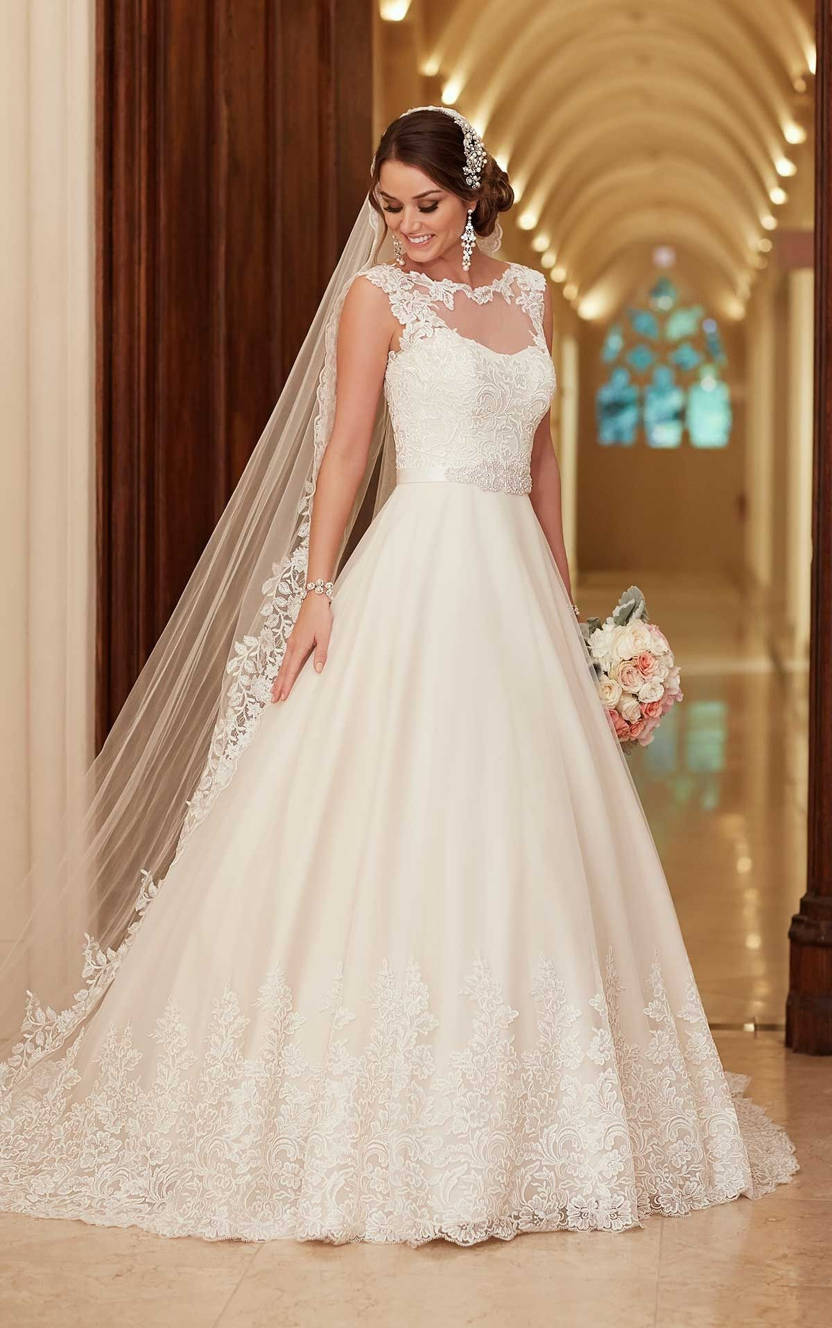Wedding dress for evening  Vestido de Noiva de Stella York  main zoom corte evasé