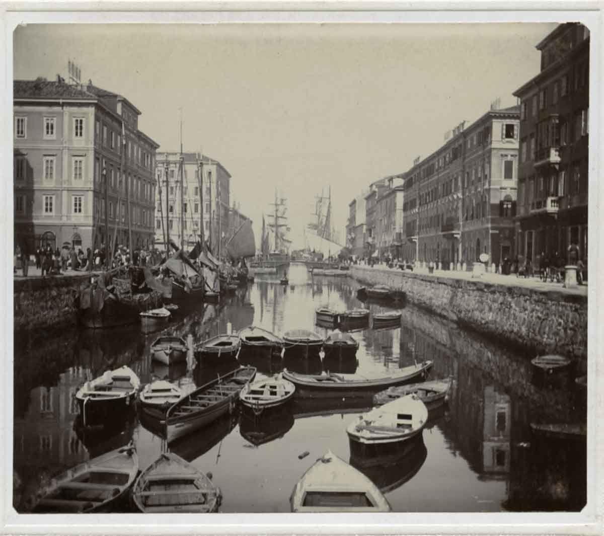 Hektor antoniazzo canal grande 18 maggio 1900 epoche for Mobilia trieste piazza sansovino