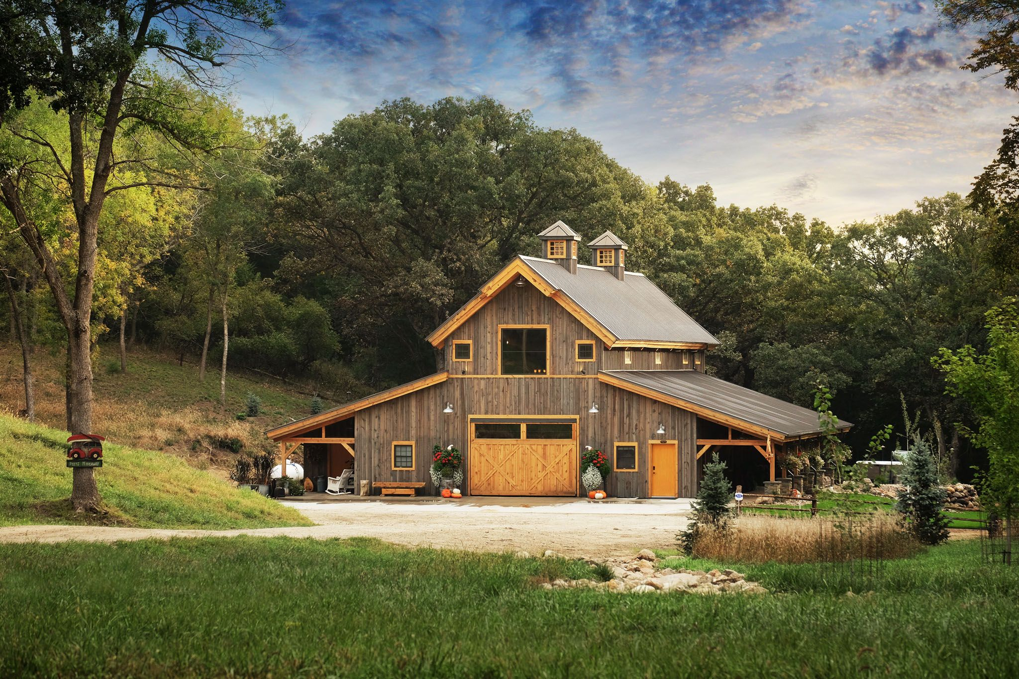 Barn wood home great plains western horse barn home for Barn style