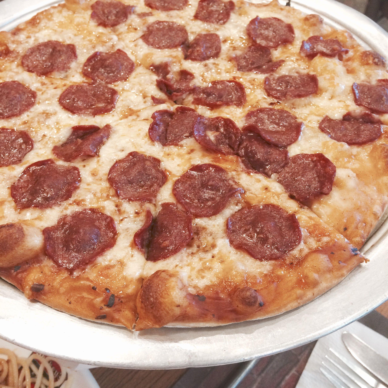 ♡ shakey's pizza ♡  ≫ pinterest: @mochiichann ≪