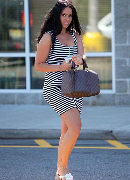 Kris Humphries' rumoured new girlfriend Fatmire Sinanaj steps out for a coffee in New Jersey earlier today