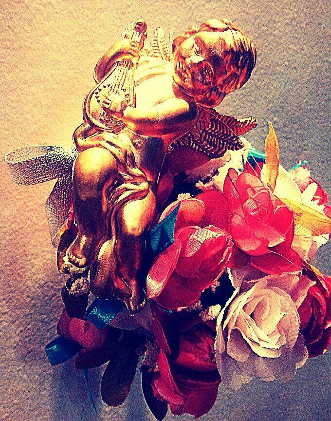 Anjos e flores