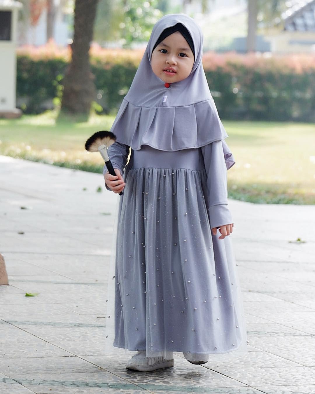 11 Model Gamis Anak Trendy Modis 11 – HijabTuts  Pakaian gadis