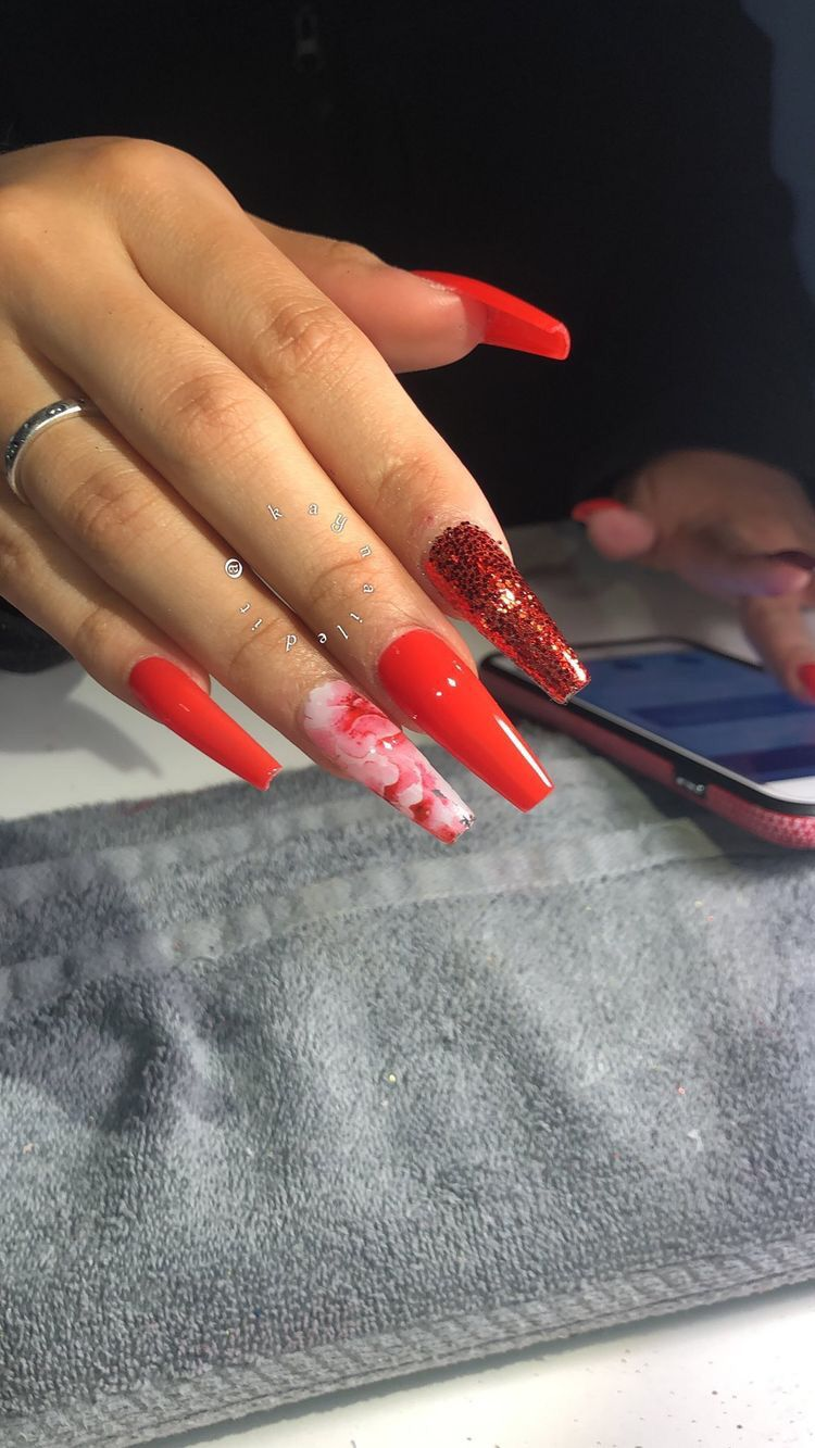 Follow Therealtiaralashea For More Pins Red Acrylic Nails Cute Acrylic Nails Pretty Acrylic Nails