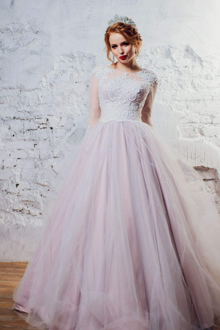 Getting Ideas For Your Own Wedding Gown By Using Our Great Wedding ...