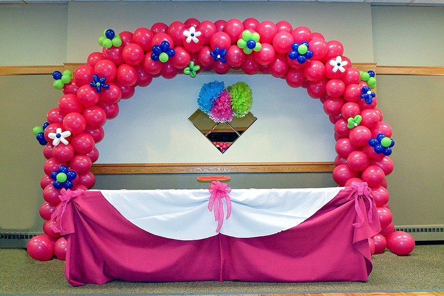 Flower Balloon Arch For A First Birthday Party Nice Combination Of And Table Cloth Decorations