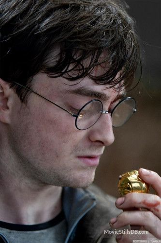 Photo of Harry Potter and the Deathly Hallows: Part II – Publicity still of Daniel Radcli…