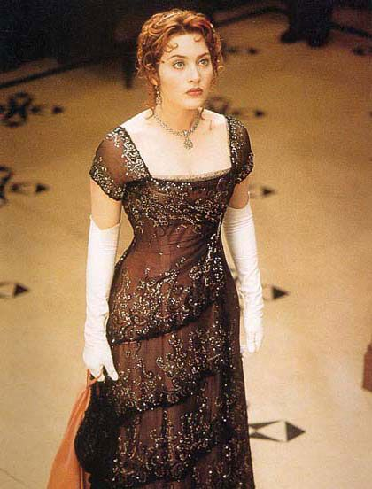 Rose's dinner dress in Titanic. Dress designed by Deborah ...