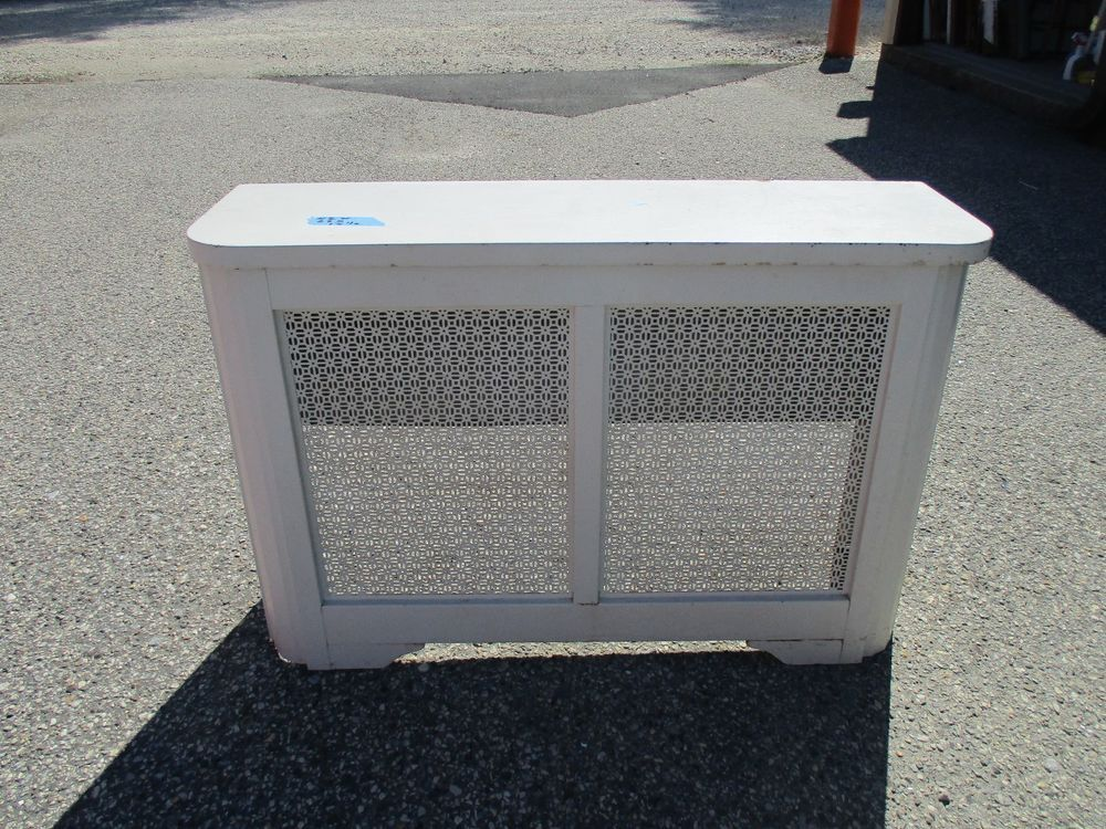Vintage Metal Radiator Cover With Lid Approx 42 X 28 X 12 1 2 Radiator Cover Metal Radiator Covers Vintage Metal