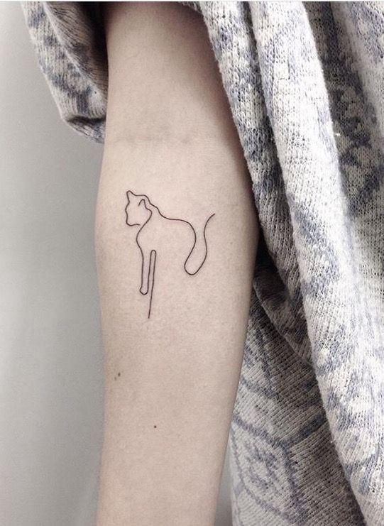 Minimal Cat Tattoo Minimalist Tattoo Tattoos For Guys Tattoos
