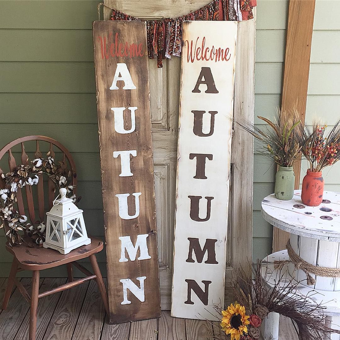 👉🏼I've added these reversible welcome boards I shared with y'all a couple weeks ago to the etsy shop, along with several other Fall and a couple Christmas designs. Check it out! LINK IN BIO. 🍁🌻🍂