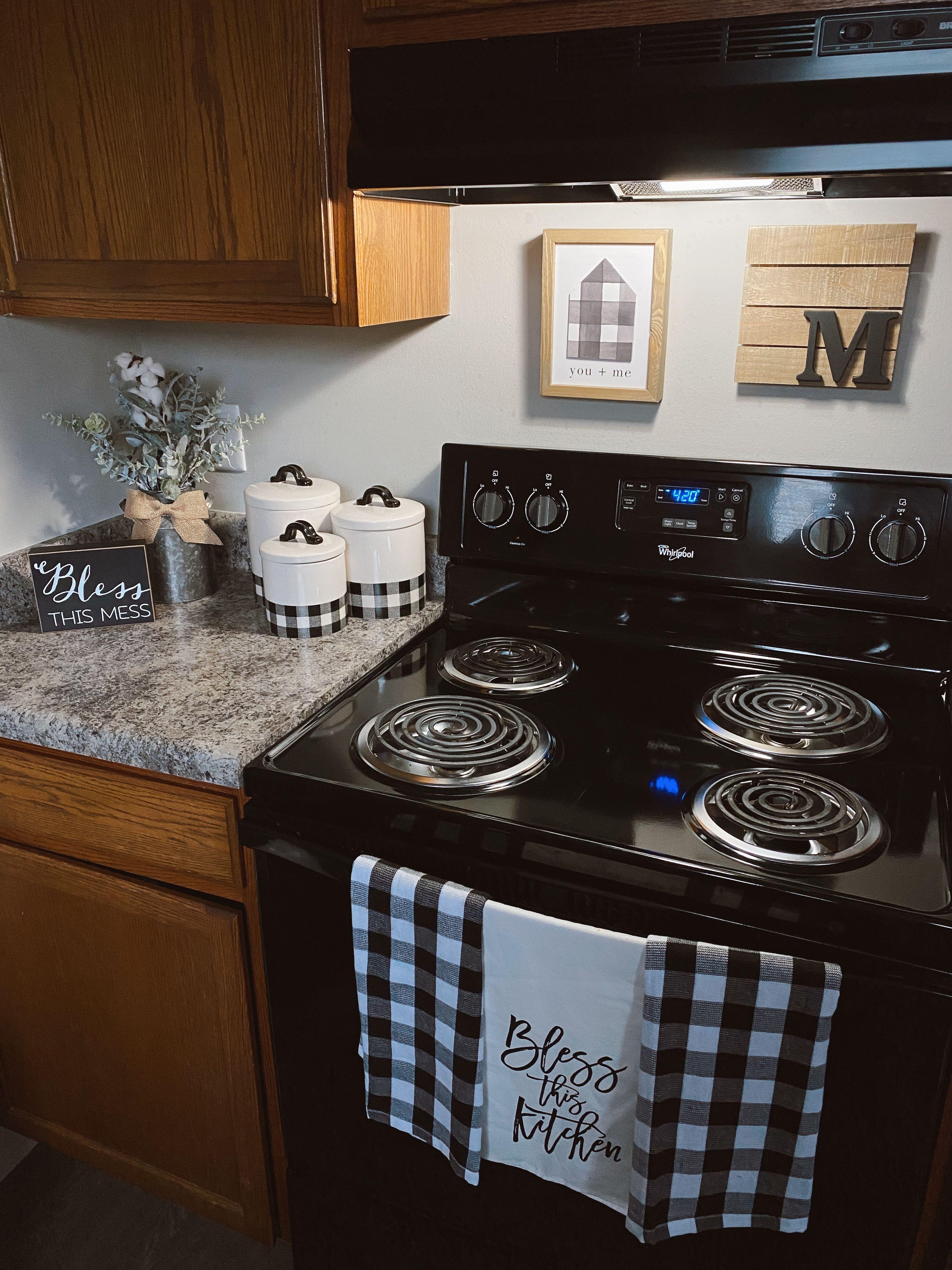 Black White Kitchen Decor Apartment Checkered Redecorating