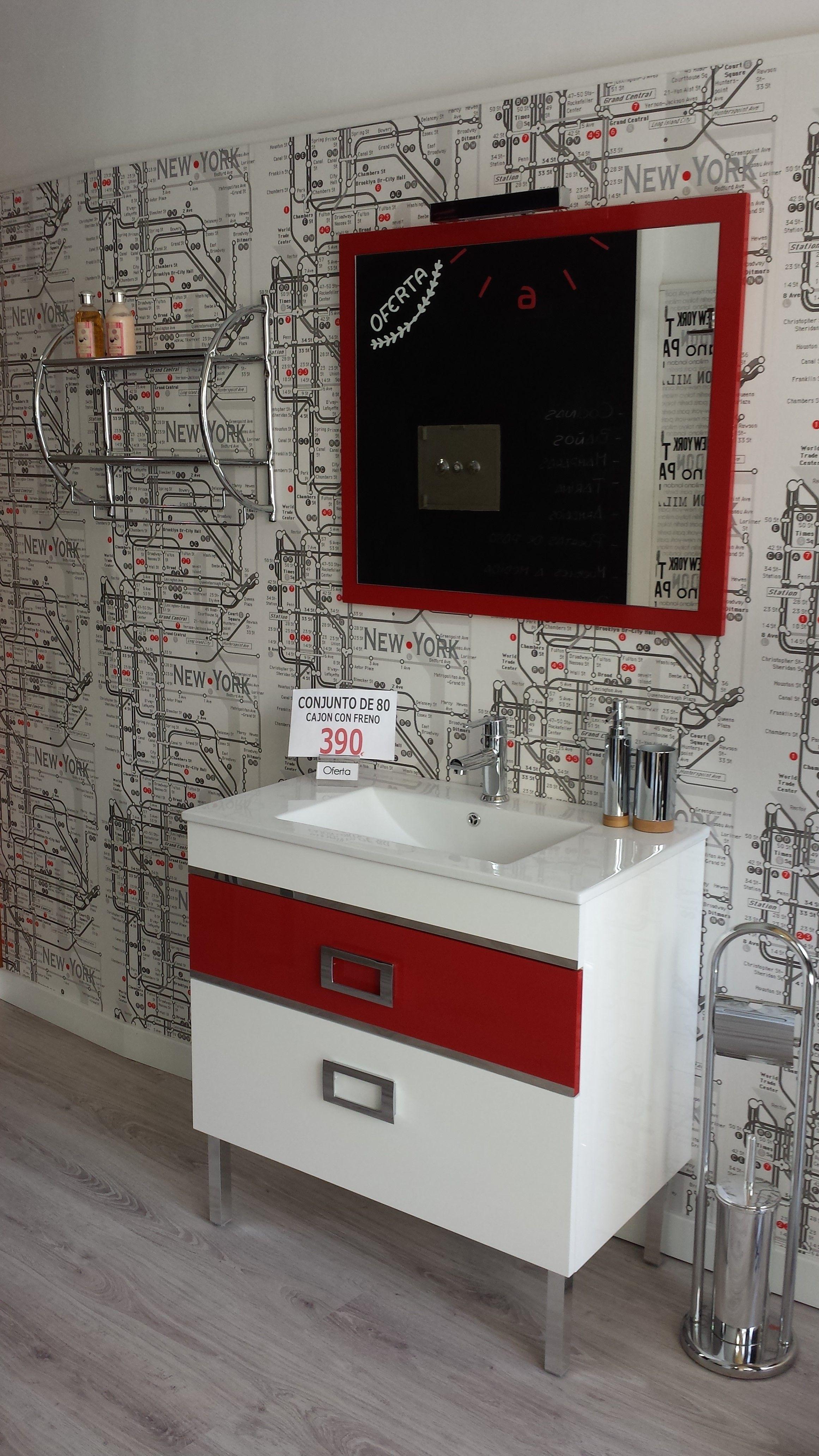 Muebles de baño en oferta, con un diseño lineal con toques ...