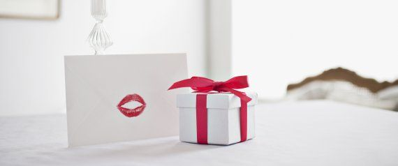 cute valentines day ideas for her 25 romantic gifts your girlfriend and wife will love