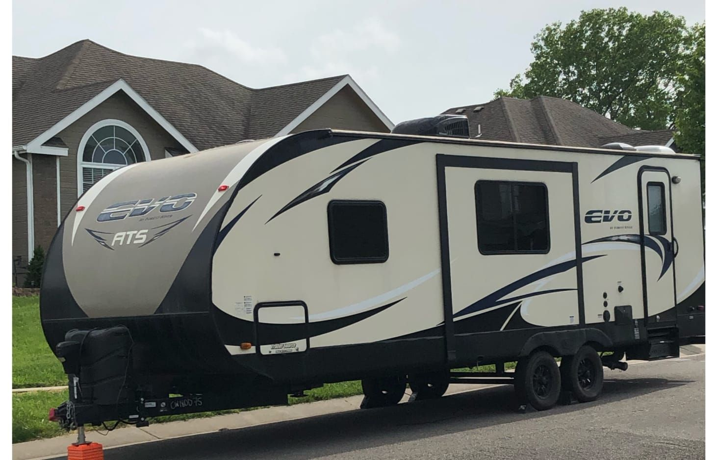 2016 Forest River Rv Evo Ats 240bh Rv Rental In Topeka Ks Rvshare Forest River Rv Rv Rental Topeka